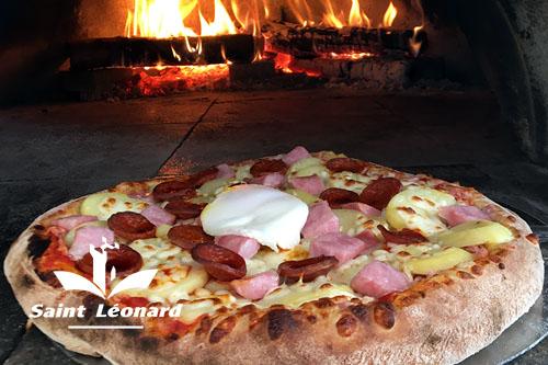 Mairie de Saint-Léonard pizza melizza